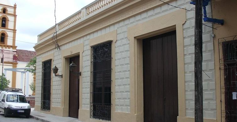 Hotel E - La Avellaneda