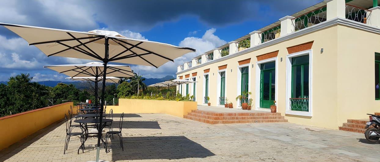 Hotel E La Popa
