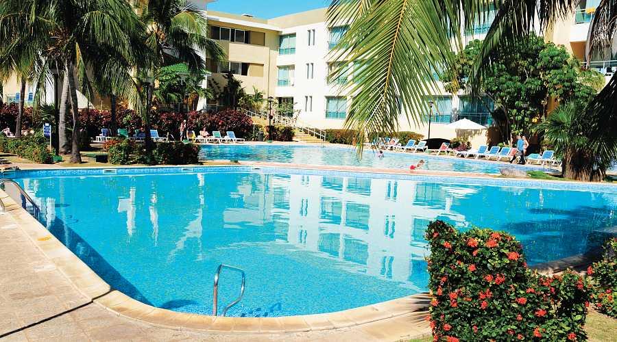Club Amigo Aguas Azules Pool