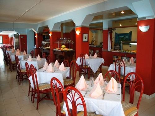 Los Delfines Restaurant